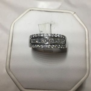 Jewelry - unisex 14K white gold diamonds wedding ring